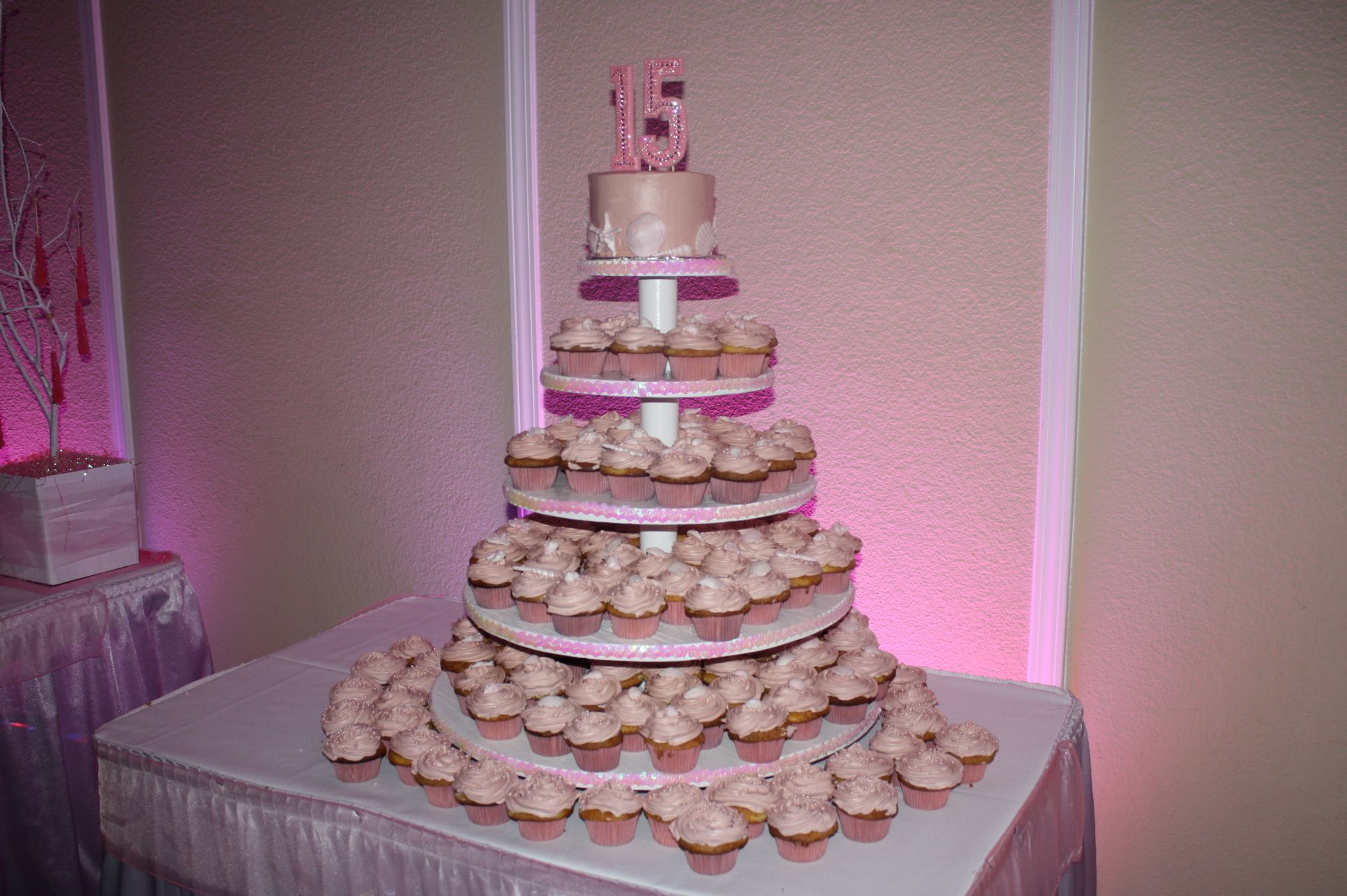 Quinceanera Cakes With Cupcakes beach themed cupcake t...