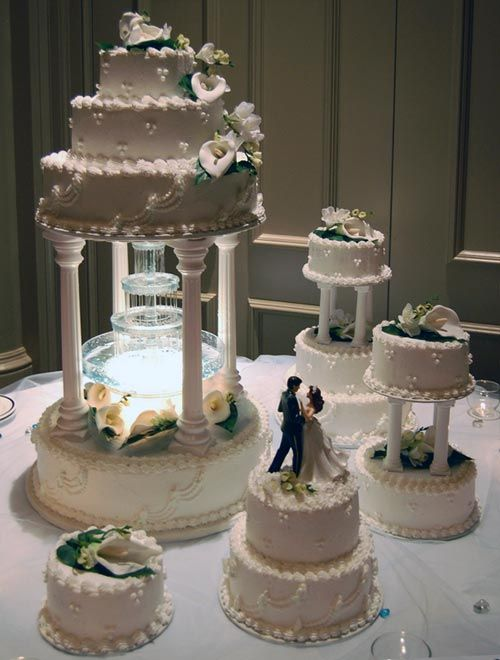Four Tier Wedding Cakes With Fountains