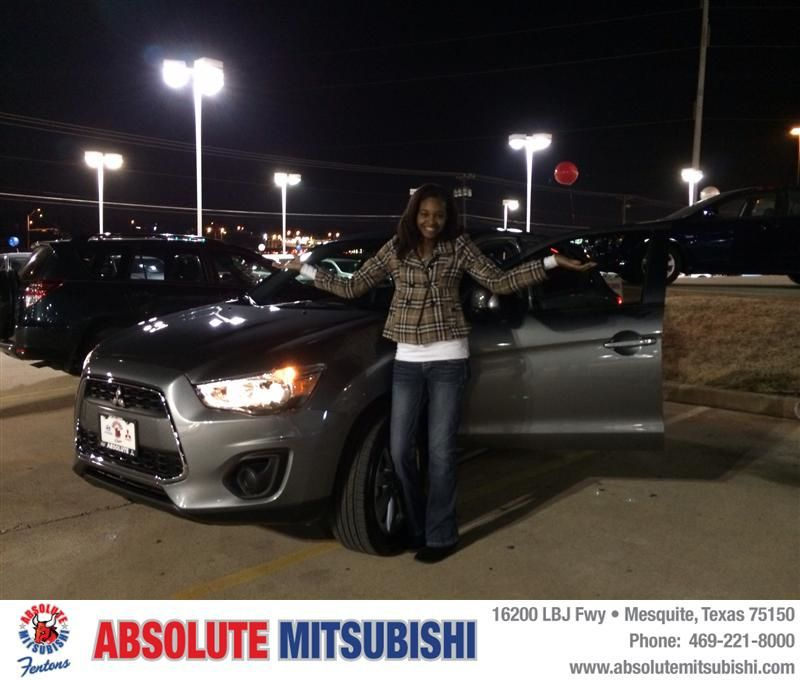 HappyAnniversary to Nikki Mozee on your 2014 #Mitsubishi #Outlander