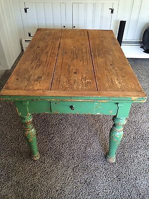 Antique French Farm Table Followitfindit Antique Farm Table Shabby Chic Kitchen Decor