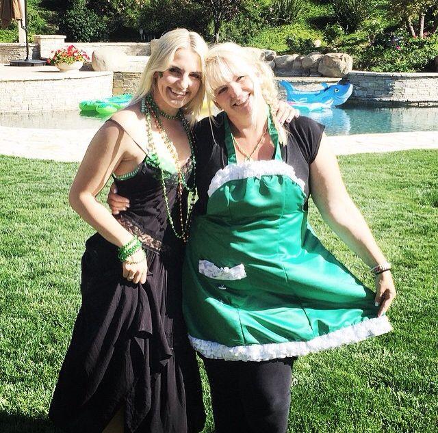 Rydel Lynch fashion : At St Patrick's day party