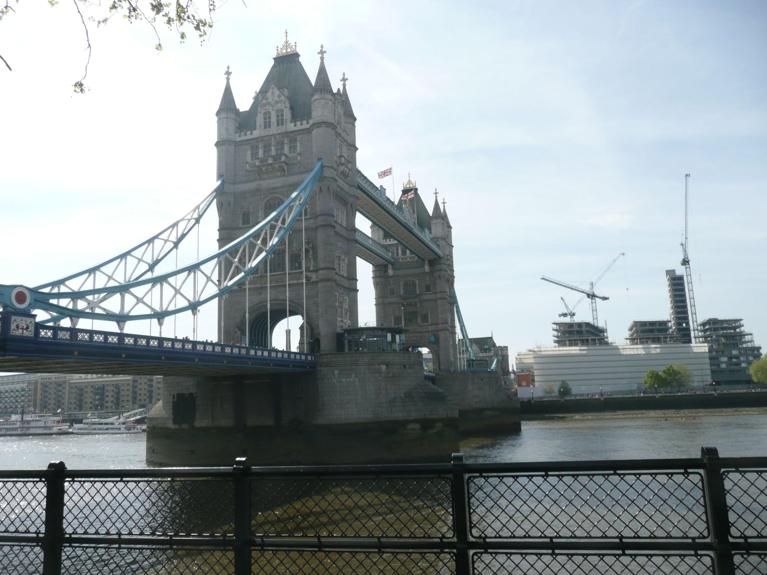 Tower Bridge In London London Bilder Essen