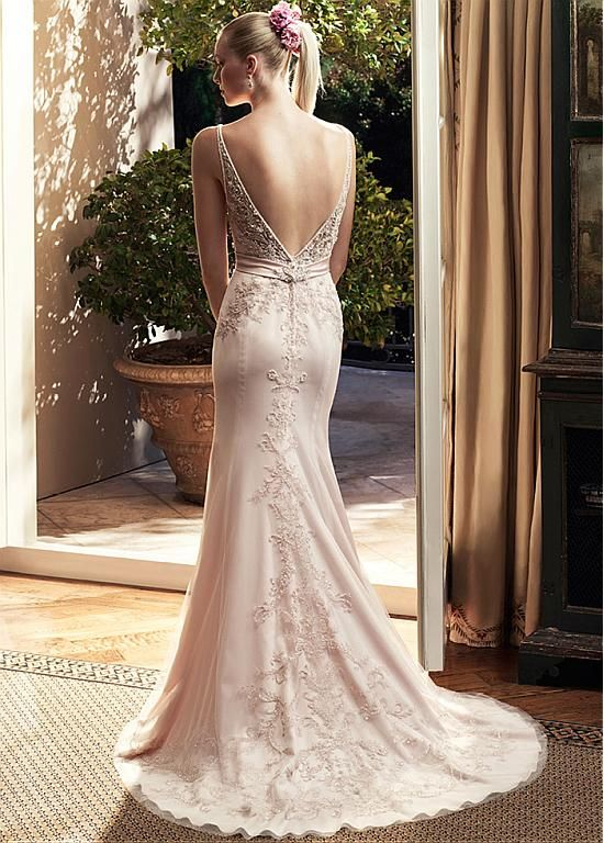 Fabulous Tulle V-neck Sheath Wedding Dresses with Beaded Embroidery