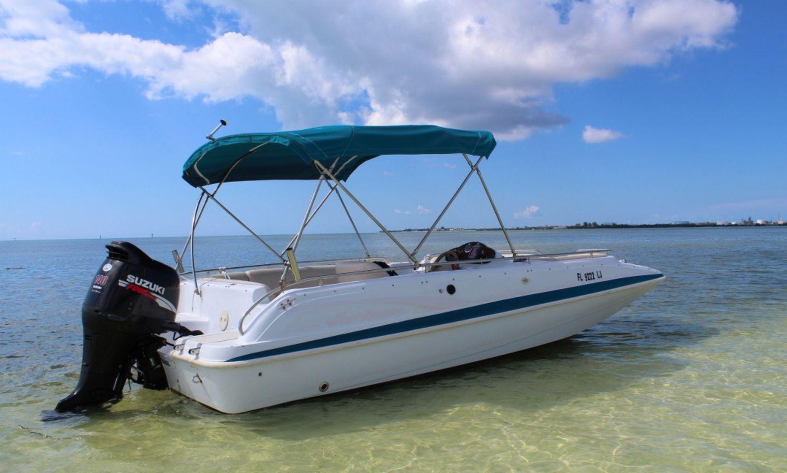 21 Hurricane Deck Boat Rental In Key West In Key West