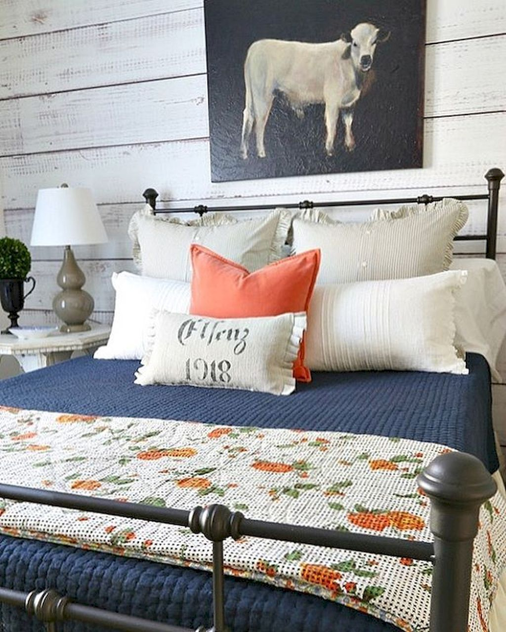 55+ Farmhouse Style Master Bedroom Decoration Ideas (With ... on Farmhouse Bedroom Curtain Ideas  id=48213