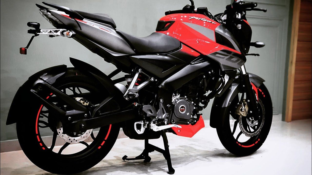Bajaj Pulsar Ns 200 Making A Comeback In The Market Here S Everything You Must Know To Stay Updated With The Changes Pulsar Ns200 Bike News Pulsar
