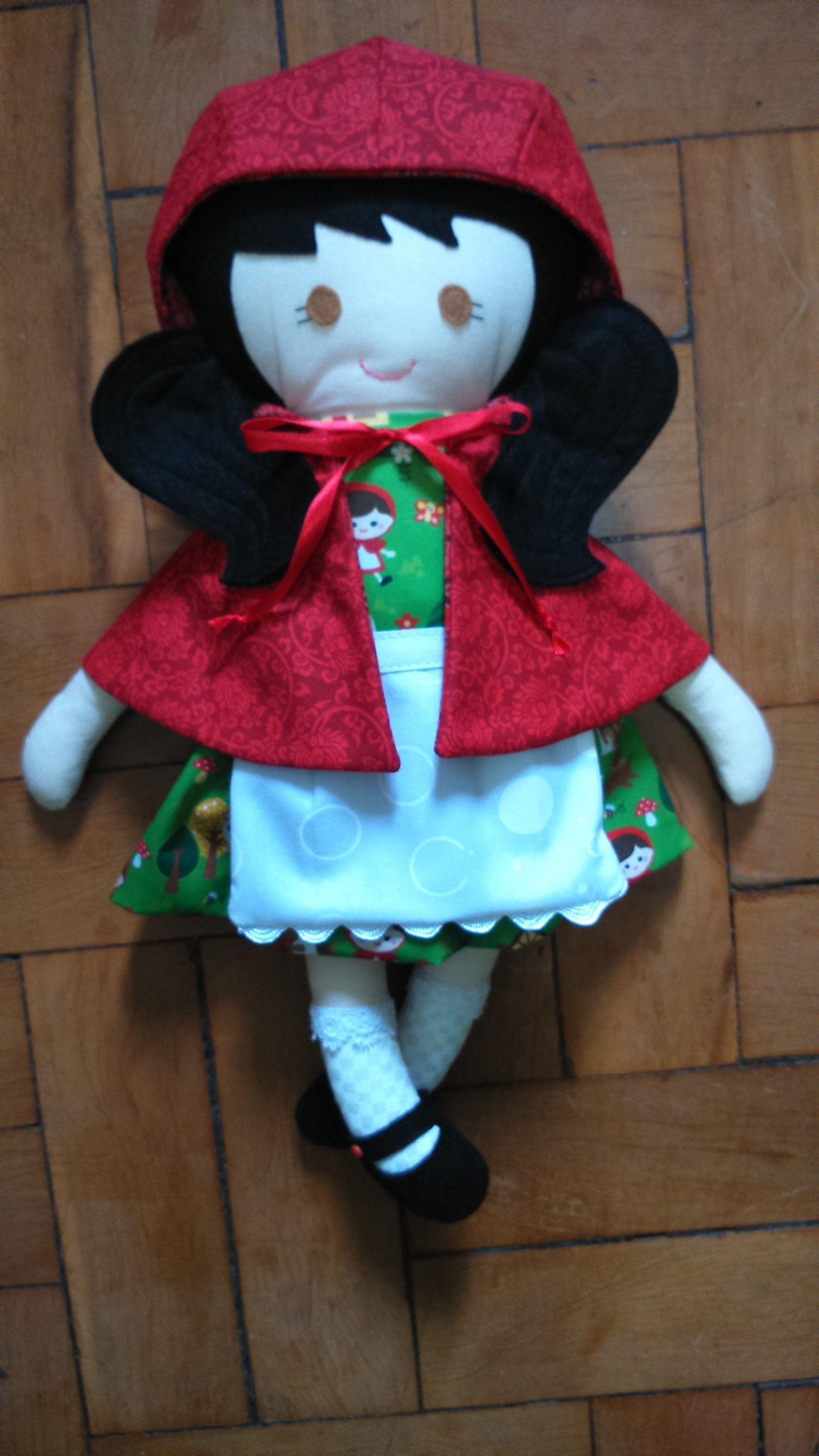 Chapeuzinho Vermelho - Fabric Rag Doll