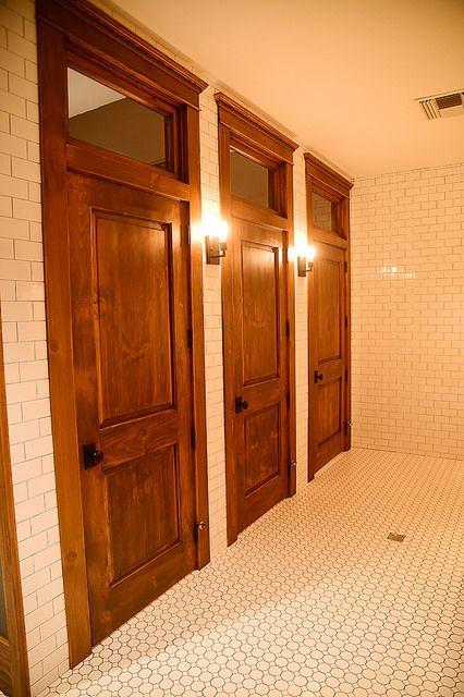 The Girls Bathroom Nest 인테리어 카페 인테리어