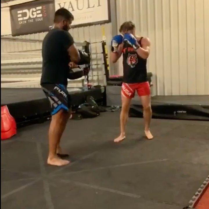 Kickboxing classes tuesdays and thursdays 7pm 8pm at