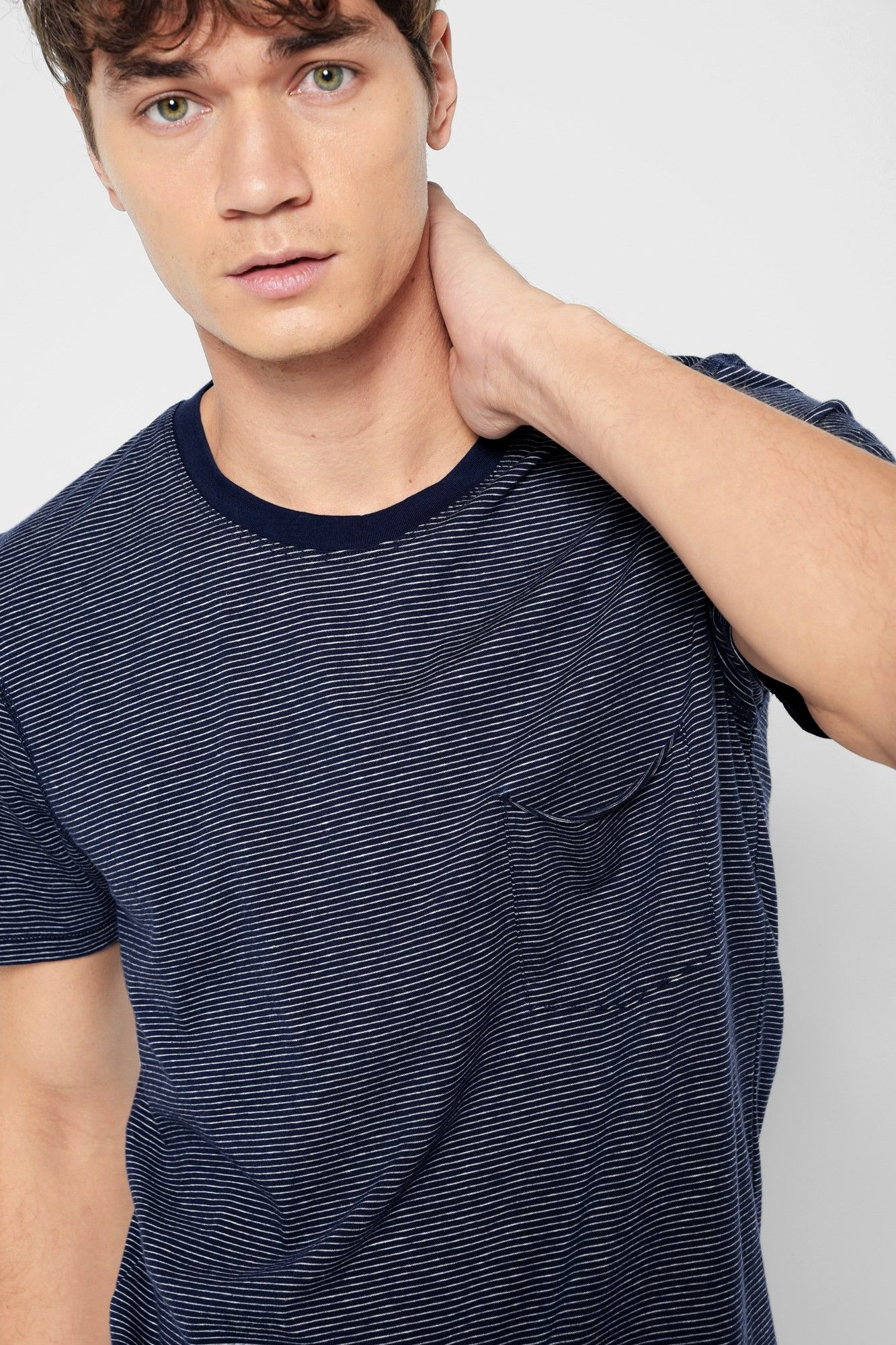0a0510151c 7 FOR ALL MANKIND Short Sleeve Striped Ringer Tee in Navy Ecru Feeder  Stripe. #7forallmankind #cloth #
