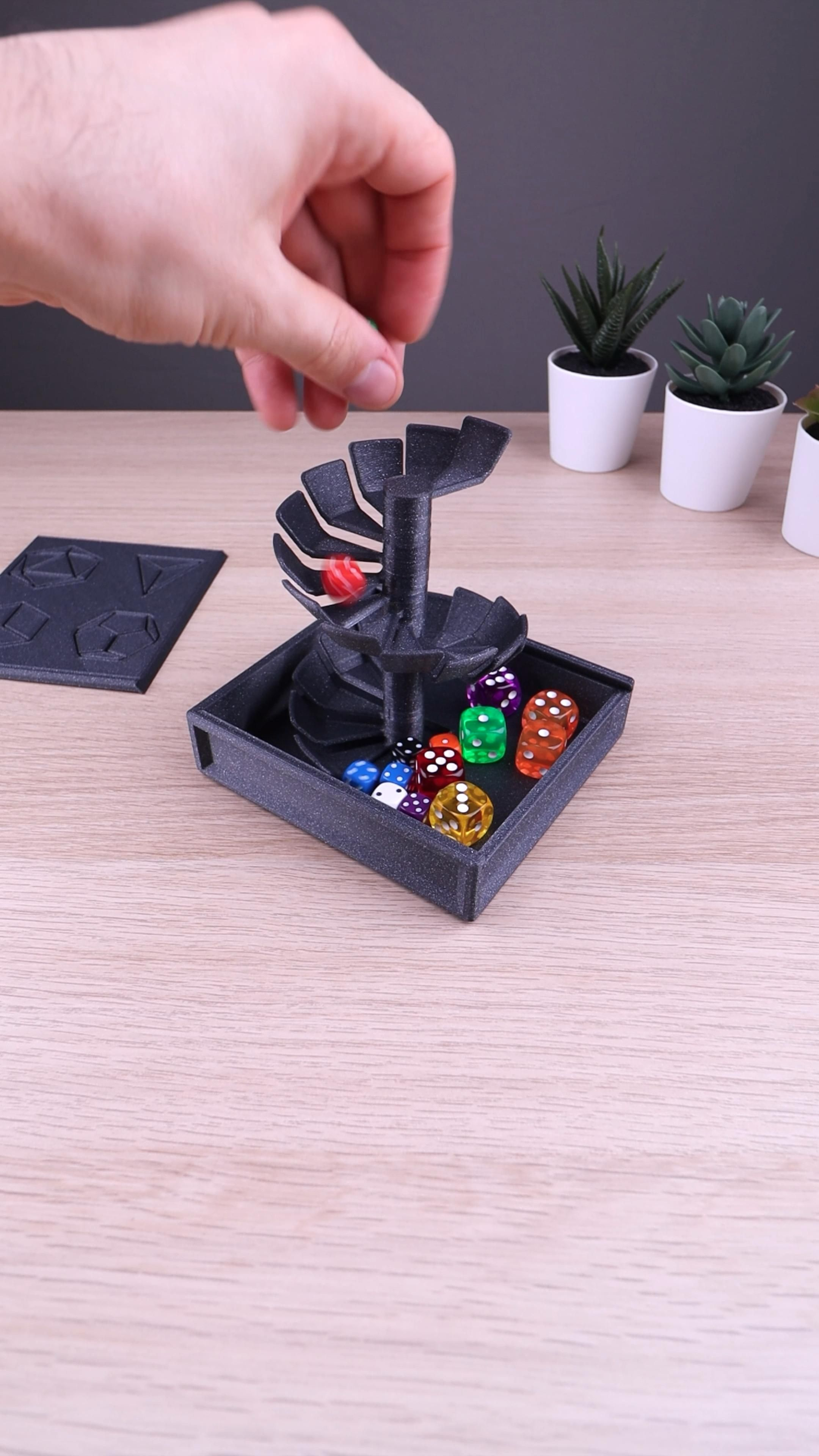 3D Printed Foldable Dice Tower