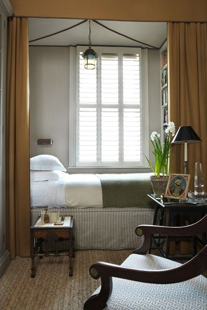 Exceptional Small Guest Bedroom Book Storage Idea   Small Spaces Design  (houseandgarden.co.uk