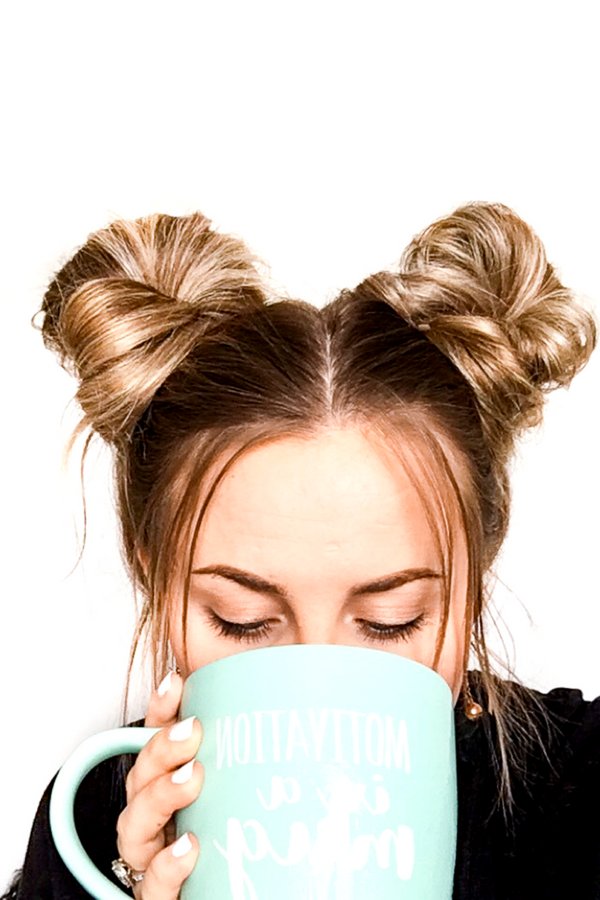 Space Buns Tutorial In Less Than 5 Minutes Quick Hairstyles Bun Tutorial Natural Hair Styles