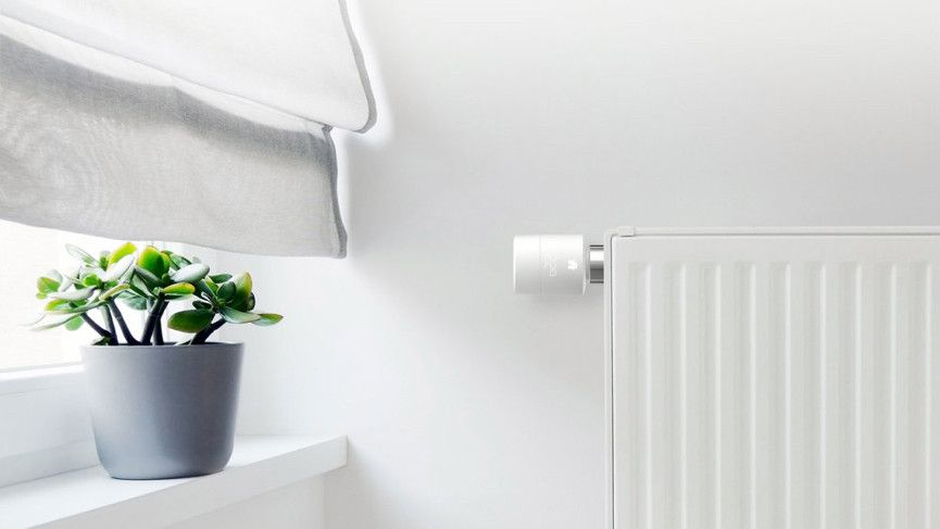 The Best Apple Homekit Devices Compatible Smart Lights Plugs Thermostats Cameras Sensors And More In 2020 Kit Homes Smart Thermostats Smart Home