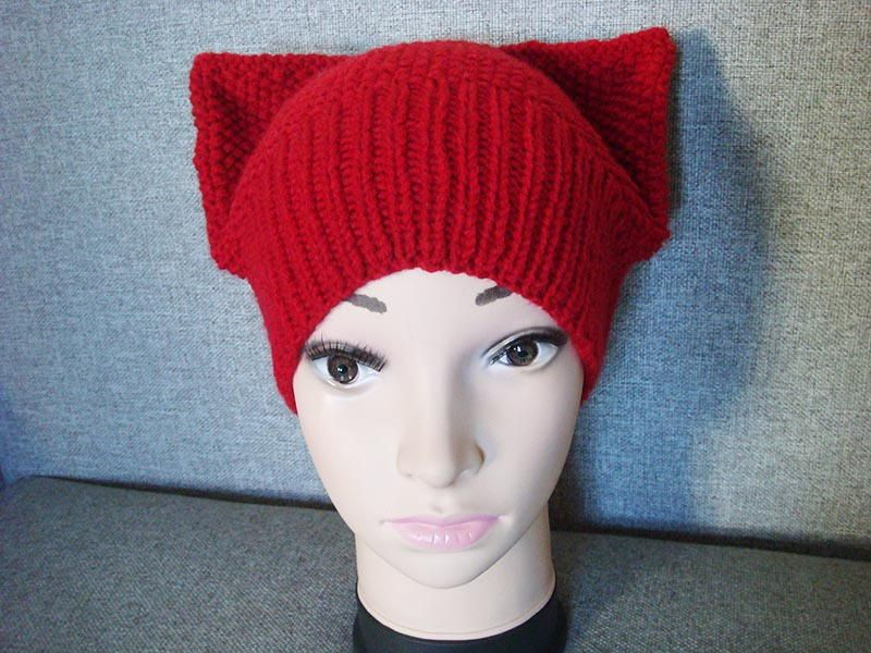 Kitty Seed Stitch Hat