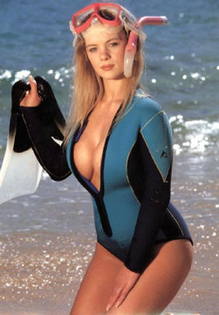 Pin By Neo On Modern 1 Pinterest Wetsuit Scubas And