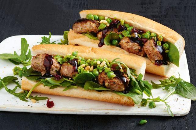 Turkey patties with smashed pesto peas | Recipe in 2020 ...