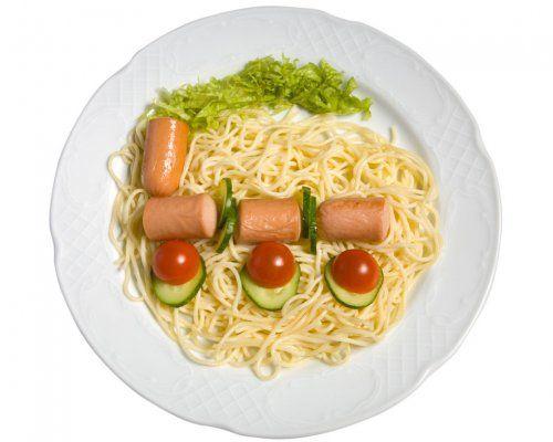 Un trenecillo para decorar el plato del los ni os c mo for Comidas rapidas para ninos