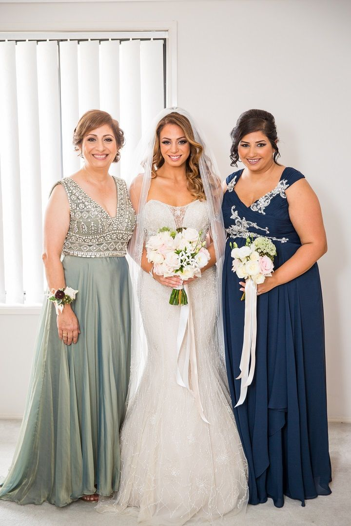 Off The Shoulder Wedding Gown for a Glamorous Wedding | itakeyou.co.uk #wedding #weddingdress #offtheshoulder #bridesmaids