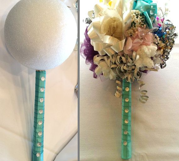 how to make a wedding bouquet with a bouquet holder