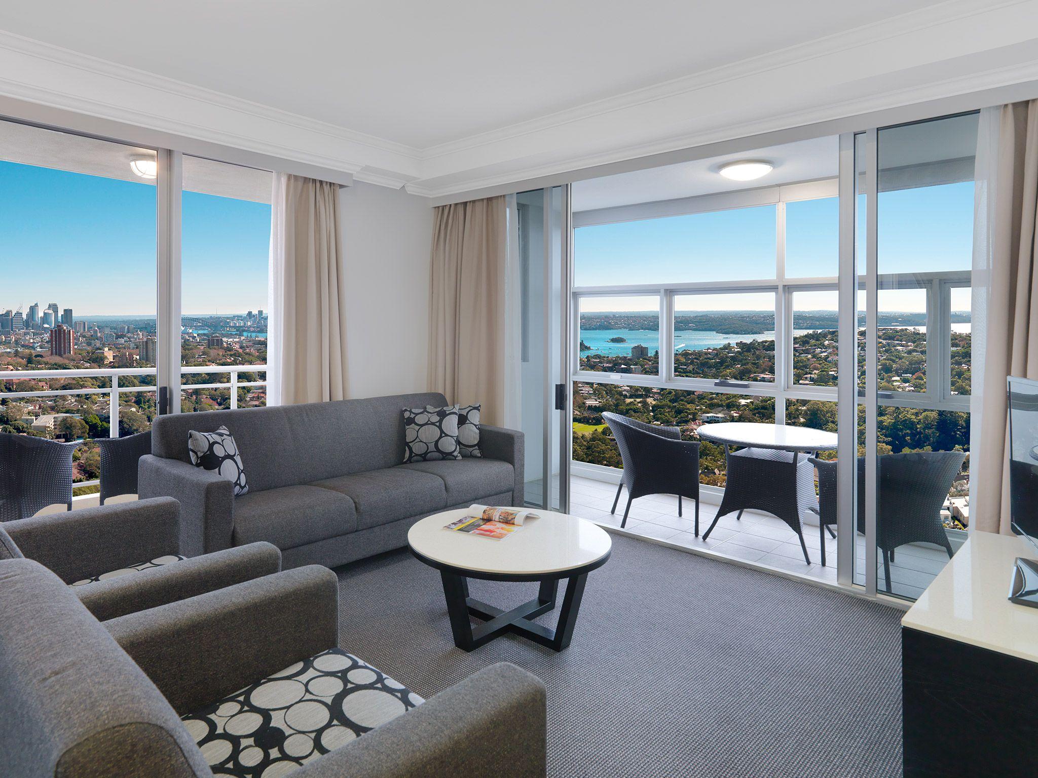 Harbour Suite With 3 Bedrooms Sydney Bondijunction Luxury Hotels Meriton Sydney Hotel Serviced Apartments Hotel