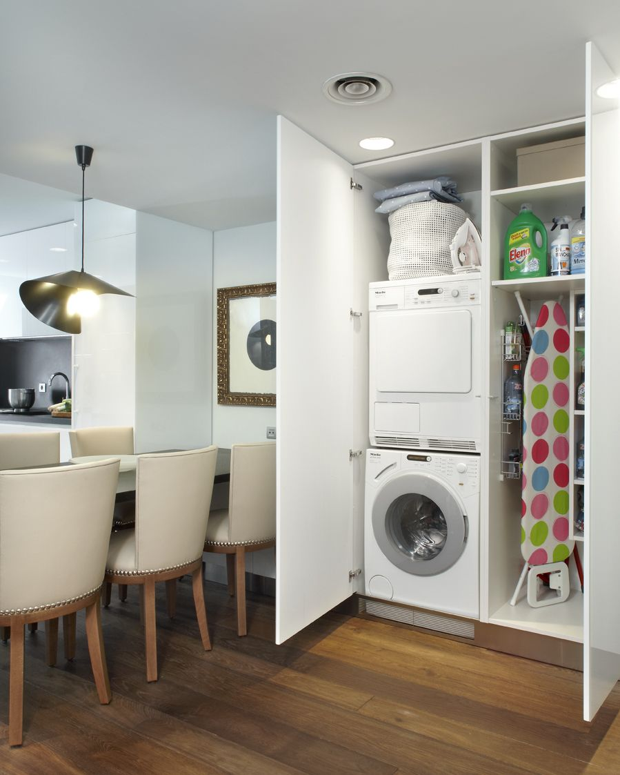 Molins interiors arquitectura interior interiorismo cocina comedor lavadero - Armario para lavadora ...