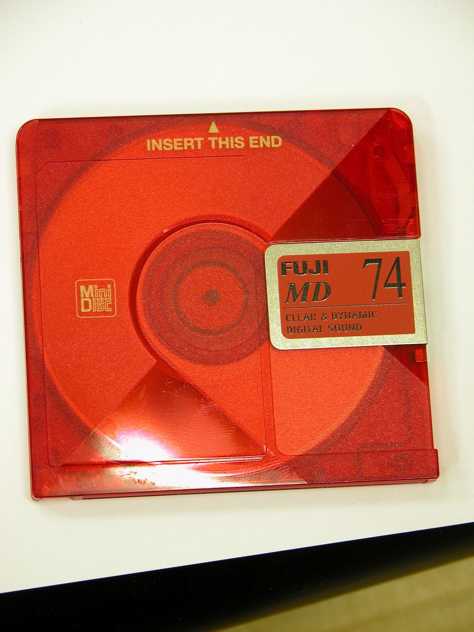 disc floppy media red mini - old school