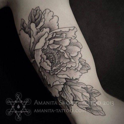belle fleur une pivoine tatouages tatouage x. Black Bedroom Furniture Sets. Home Design Ideas