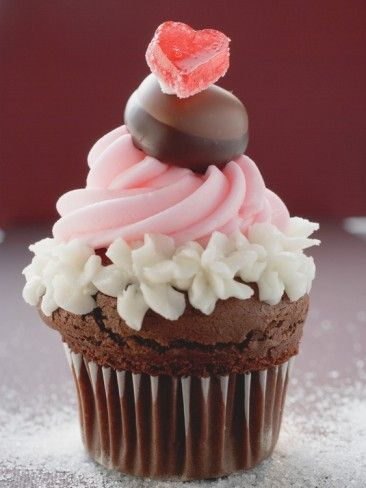 Cupcake for Valentine's Day Photographic Print - AllPosters.co.uk