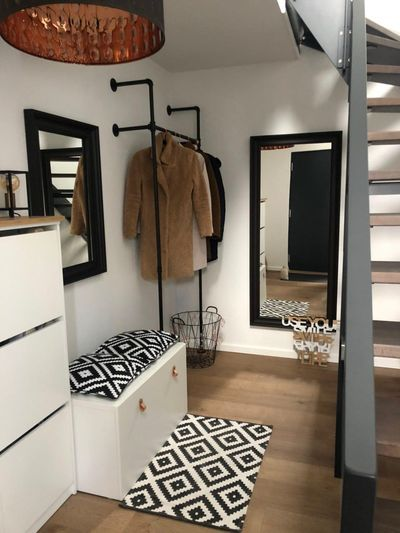 Garderobe Idee im Industriedesign - Flur Idee Kleiderstange