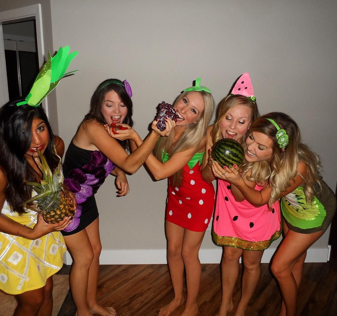 20 costume ideas for best friends, because obviously you
