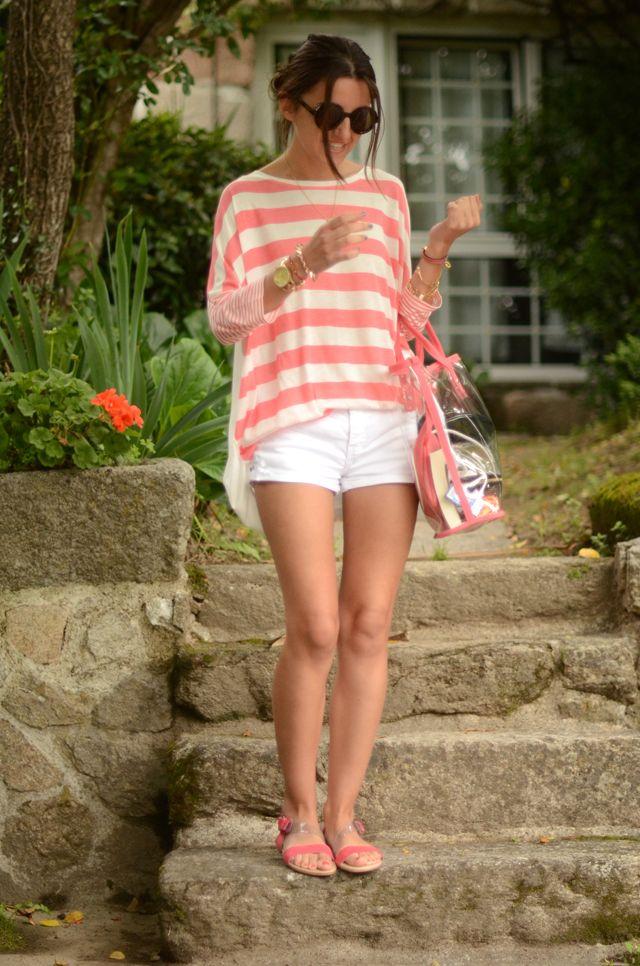 sandals: Lovely Pepa x Krack – Shi Tzu (s/s 12)  t-shirt: SUITEBLANCO (s/s 12)  shorts: Zara (old)  bag: SUITEBLANCO (s/s 12)  necklace + bracelets: Asos  sunglasses: Giorgio Armani, similar at Ópticas Peláez