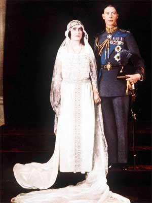 History Of Wedding Dresses Elizabethbowes Lyon Queen Mother Wedding Dress 1920s Royal Wedding Gowns Royal Weddings Mother Wedding Dress