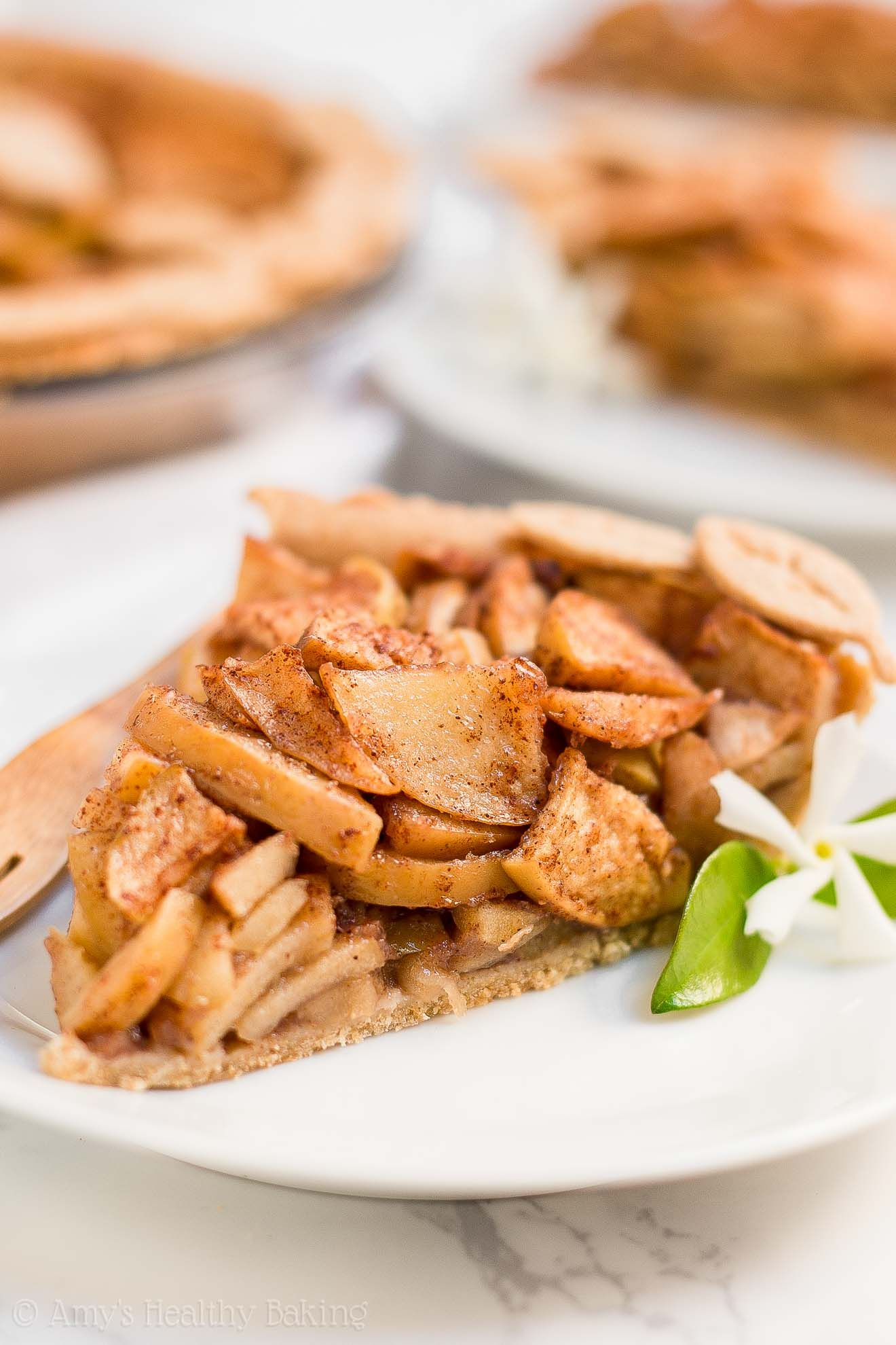 The ULTIMATE Healthy Apple Pie - the BEST apple pie I've ...