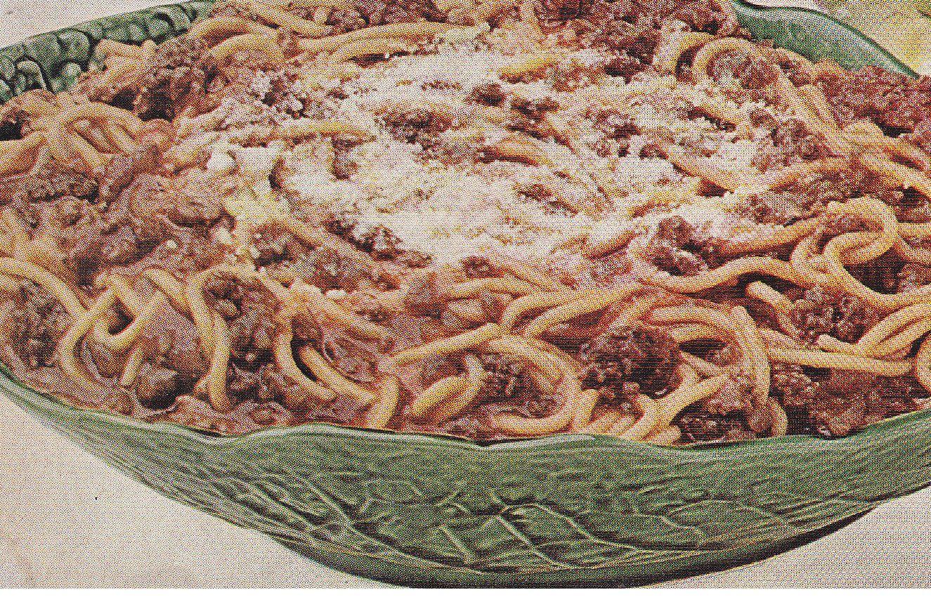 Classic Spaghetti Recipe With Onion Soup Mix Onion Soup Recipes Lipton Onion Soup Recipes Onion Soup Mix Recipe