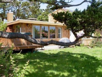 4 Bedroom Cottage Rental In Lincoln City Oregon Usa Beach Retreat W Ocean Views Beach House Vacation Vacation Homes For Rent Beach House Vacation Rentals