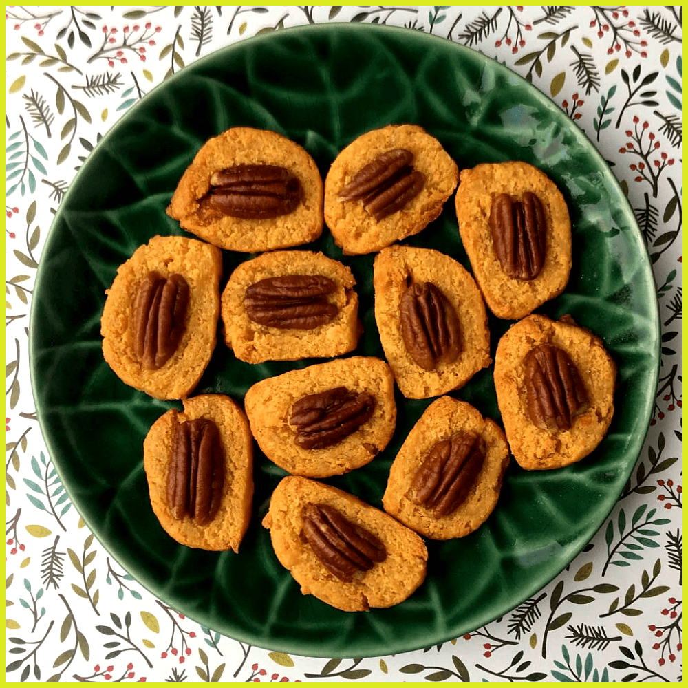 These low carb cheese and pecan crackers are a Southern treat With only 1g net These low carb chee