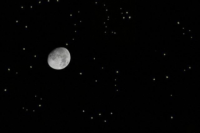 Cielo Stellato D Estate.Il Cielo Stellato D Estate Moon By Night Moon Stars