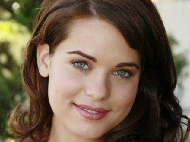 Girls of The Day: Lyndsy Fonseca