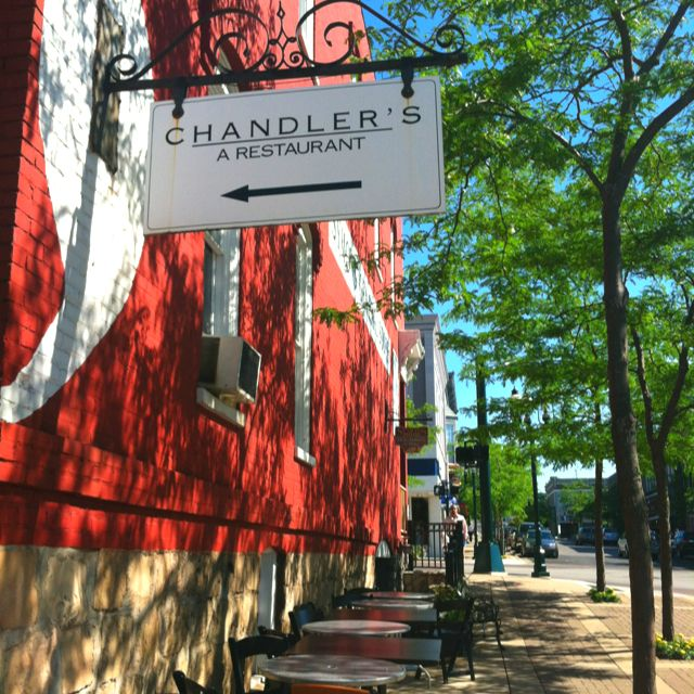 Chandler S Restaurant In Downtown Petoskey Mi My Favorite Place Up North 3