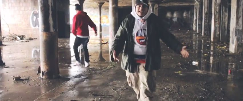 "Frank Castle (@DaRealFrankCast) | Downtown Kids II [Video]- http://getmybuzzup.com/wp-content/uploads/2015/02/frank-castle-650x271.jpg- http://getmybuzzup.com/frank-castle-downtown-kids-ii/- Frank Castle – Downtown Kids II ""Downtown Kids II"" is Frank Castle new music video off ""Downtown Kids EP"". Inspired by ""The Pharcyde"", the video was shot completely backwards. It took Frank Castle a year to learn the lyrics backwards in order to e"