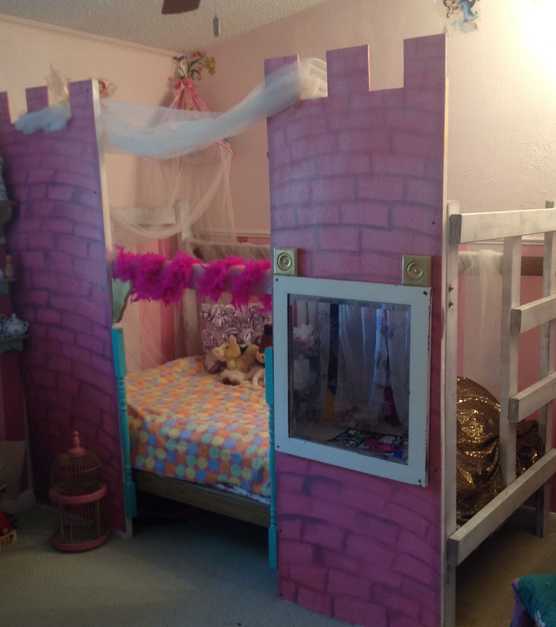 Princess castle bed, now your little princess can have