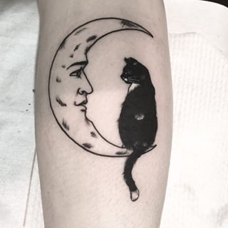 Cat And Moon Tattoo Google Haku Still Deciding Between These Two Cat Tattoos Somewhere On My Body Tattoos Body Art Tattoos Beautiful Tattoos