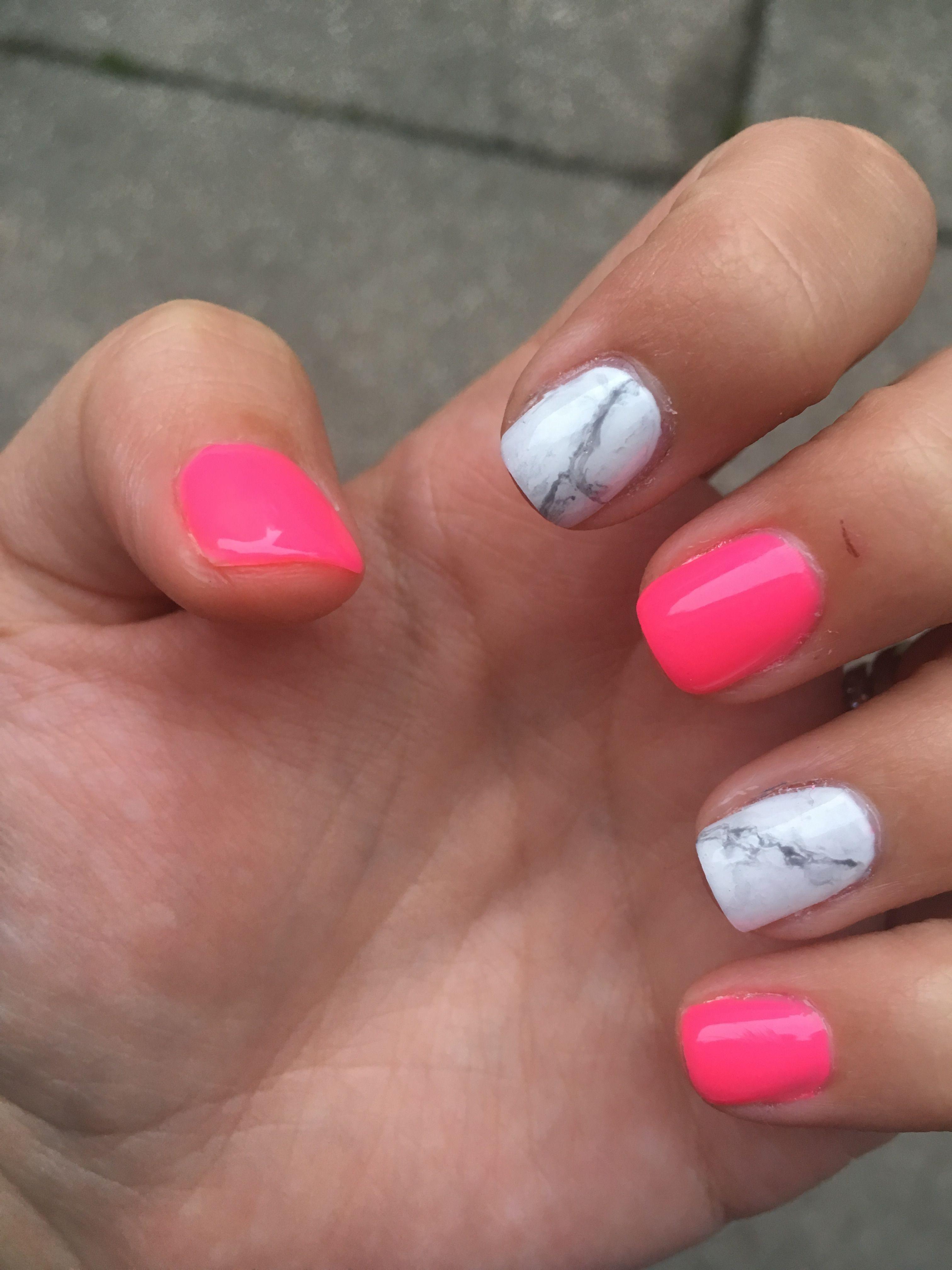 Marble And Hot Pink Nailart Nails Summer Dark Pink Nails Pink Summer Nails Hot Pink Nails