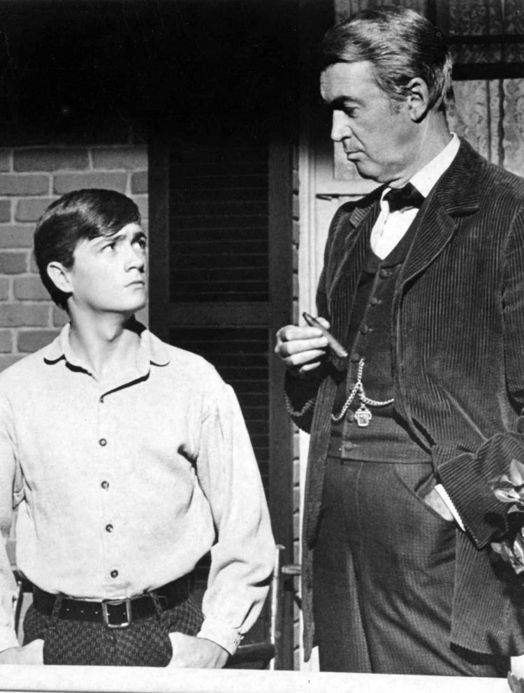 """Jimmy Stewart and Phillip Alford in """"Shenandoah\"""