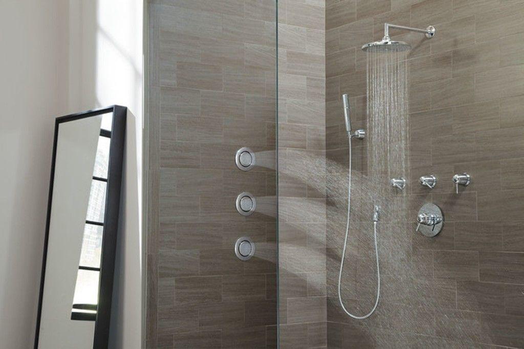 Kohler Shower Head And Body Spray Tub