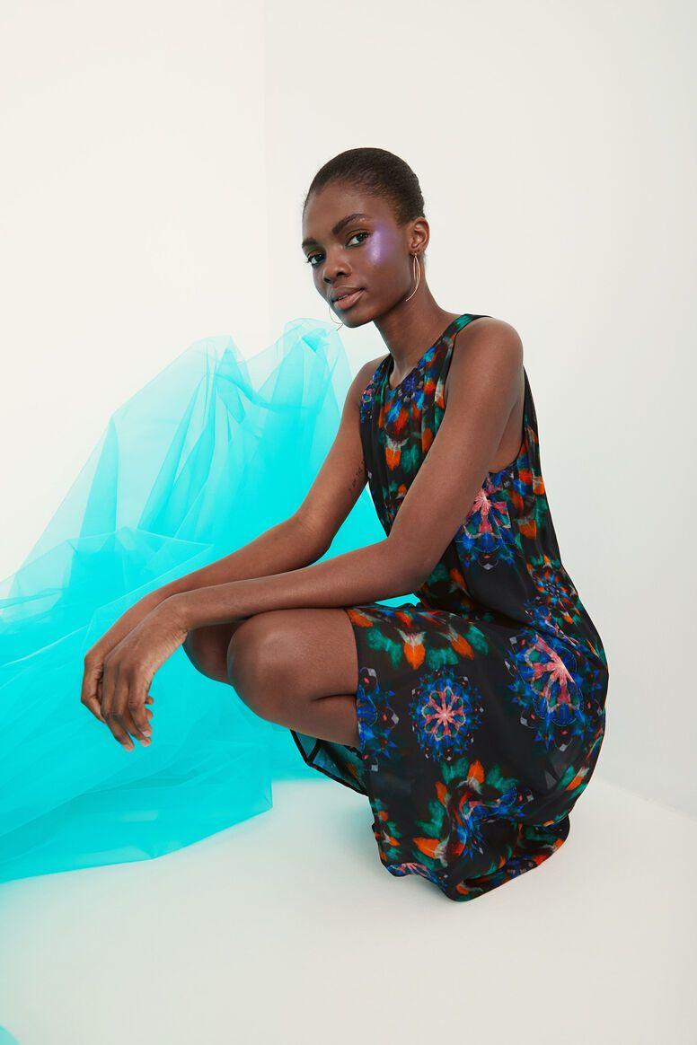 vestido ugadugu desigual