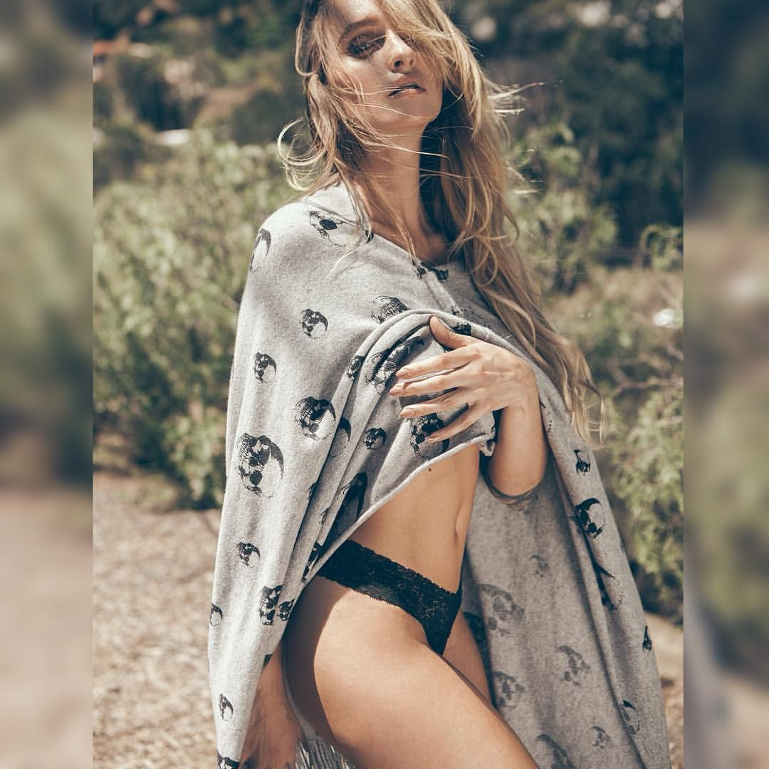 Twitter Cocaine Lorraine nude photos 2019