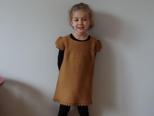 Nuit de Noël pattern by Sandrine Bianco, tricoté en PurPle Mérinos curry