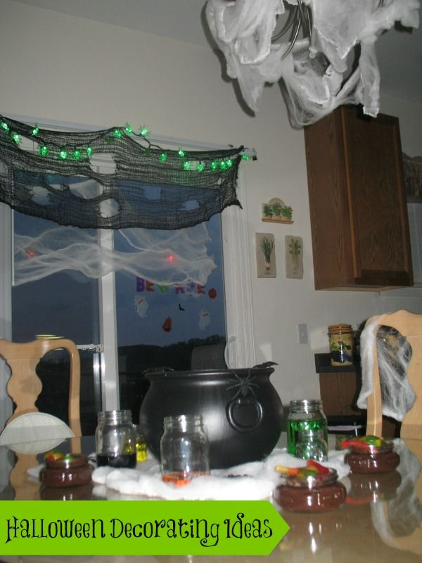 Easy and Inexpensive Halloween decorating ideas to turn any room - decorate house for halloween